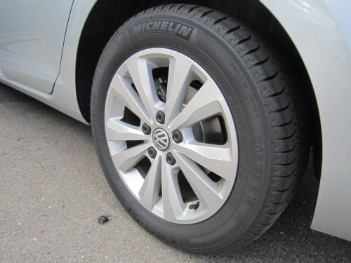 Rotationsriktning på däck
